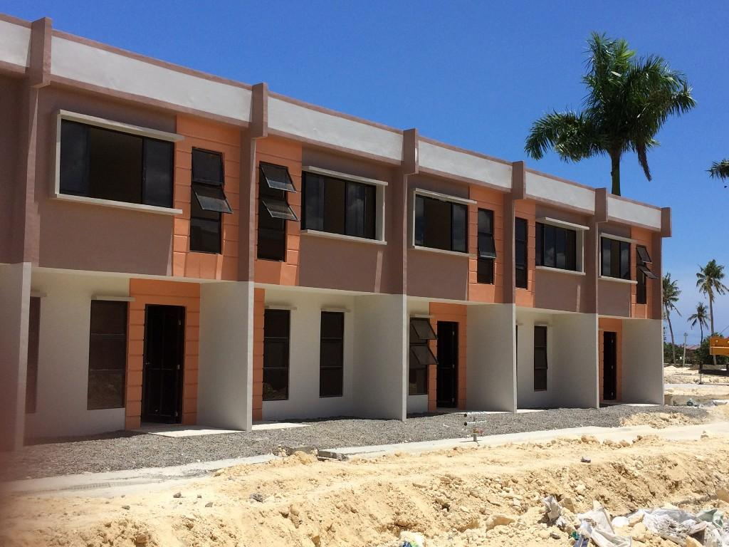 2 storey tow house lot with roofdeck at deca homes talisay 3 image 1