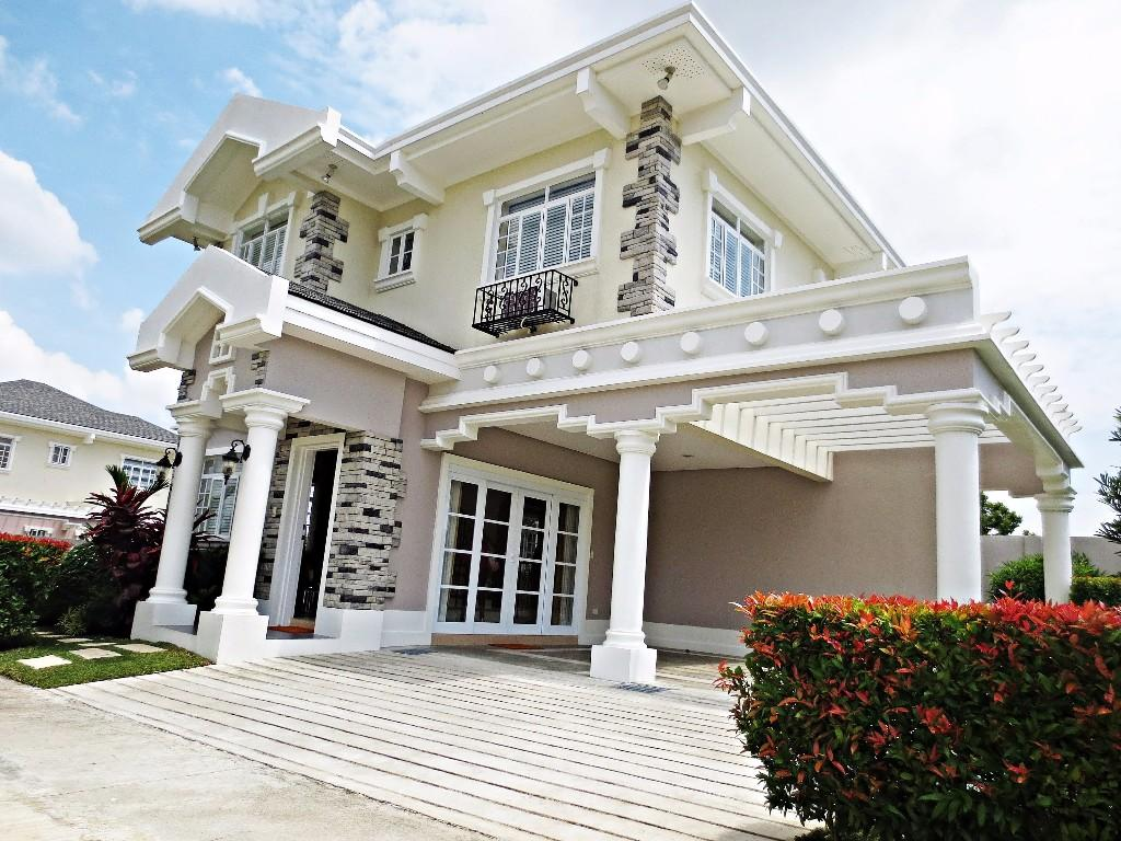for sale house & lot in a golf community near tagaytay, silang