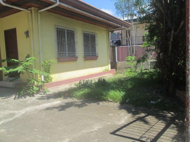 House And Lot Whole Compound For Sale In Mactan Cebu Near