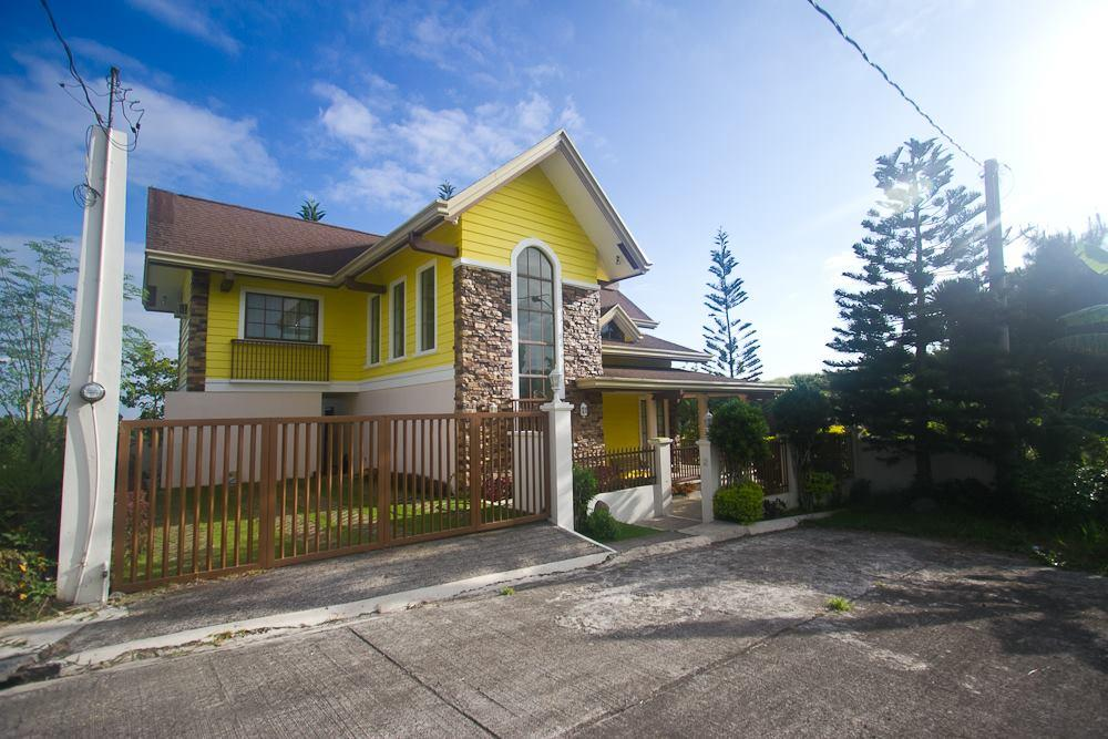 American style house and lot in southridge estates tagaytay for American style mansions