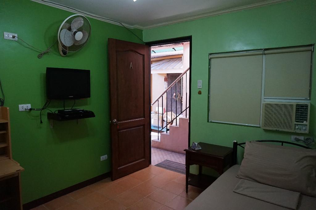 Fully Furnished And Spacious Studio Type Rooms For Rent