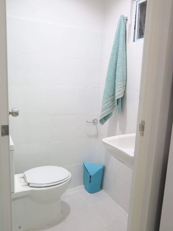 Idorm The Fort Gabong 6 Bed Unit Makati